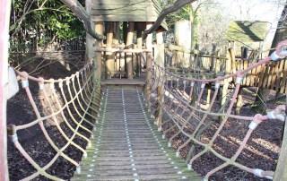 houten-klimtoestel speeltuin kwekkeltje Rosmalen